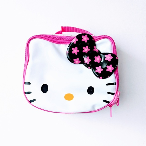 Hello Kitty Insulated Lunchbag. M 5bb145ed12cd4ae37a9c357b e0e39f6267e67